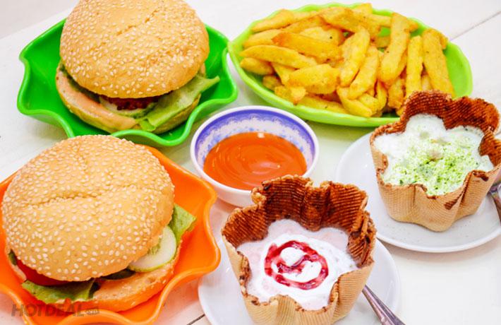 Combo Hamburger + Khoai Tây Chiên + Đồ Uống 2N Tại Home Drinks Hà Nội